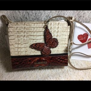 NWT CARRIE LATE' DIVINO crossbody & Butterfly